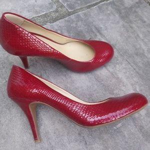 Gianni Bini High Heel